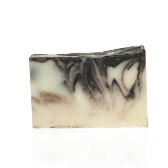 sapun natural scortisoara si cacao
