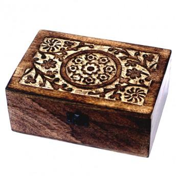 Cutie sculptata din lemn de mango pentru 24 de uleiuri esentiale