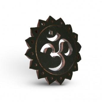 Amuleta din Lemn – OM, Negru